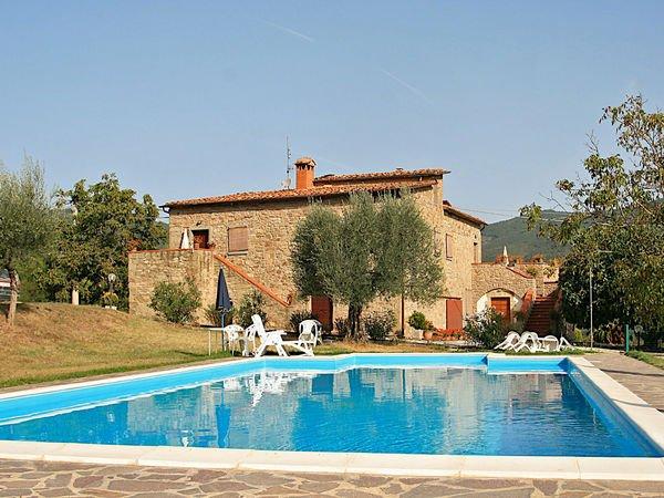 7 bedroom Villa in Lisciano Niccone, Umbria, Italy : ref 2269622 - Image 1 - Lisciano Niccone - rentals