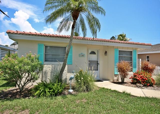 Front Outside  - 140 Hercules Drive - Fort Myers Beach - rentals