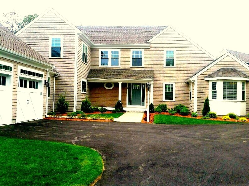 Vacation in Luxury!BRAND NEW HOME in NEW SEABURY! 131755 - Image 1 - Mashpee - rentals