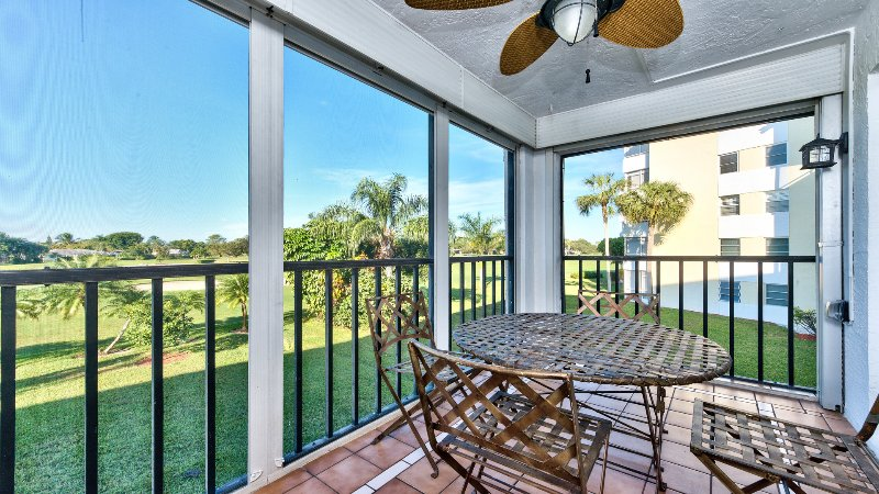 Capri Golf Condo With Fantastic Golf Views! - Capri Golf Condo - Naples - rentals