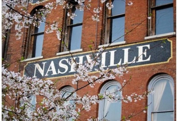 Amazing Condo 2 Bed 2 Bath with 6 Sleep - Image 1 - Nashville - rentals