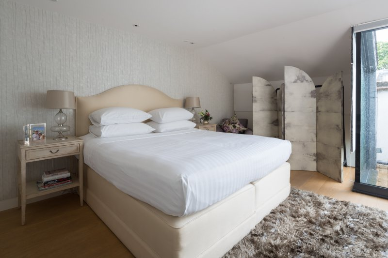 onefinestay - St Luke's Street III private home - Image 1 - London - rentals