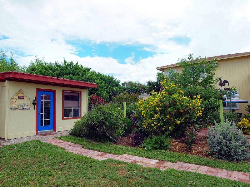 Kapoc Tree Garden Bungalows - Image 1 - Port Aransas - rentals