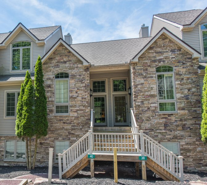 Front - Luxurious New 5bd/3.5bth Townhome at Big Boulder!! - Lake Harmony - rentals
