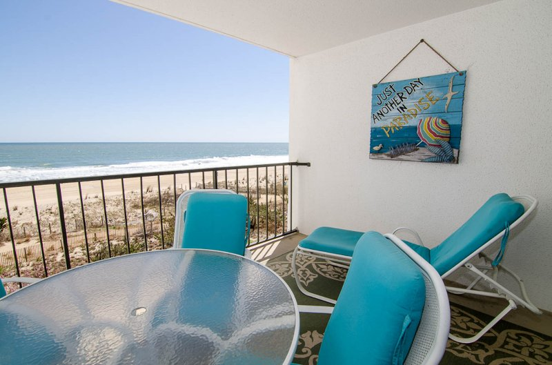 One bedroom ocean front condo 3D - Image 1 - Ocean City - rentals