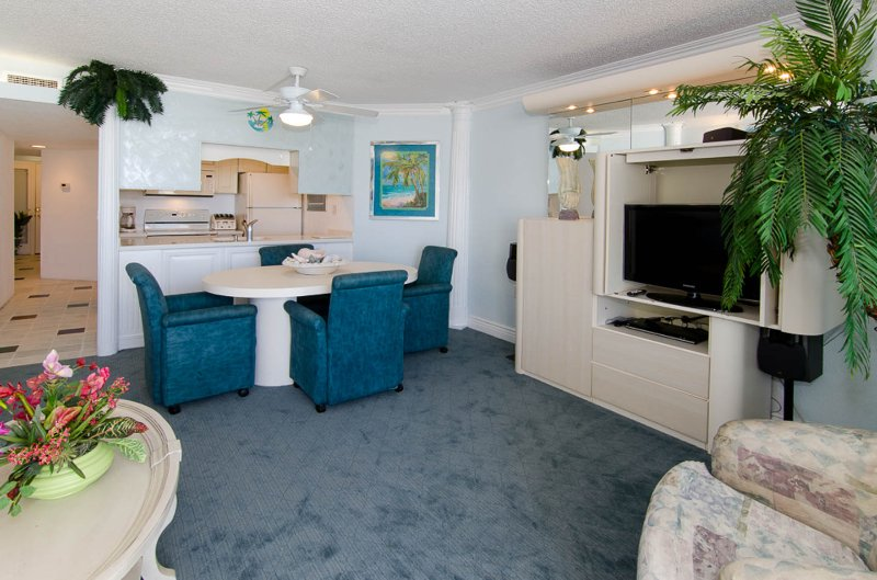 3D Livingroom with 32' Samsung LCD flatscreen - One bedroom ocean front condo 3D - Ocean City - rentals