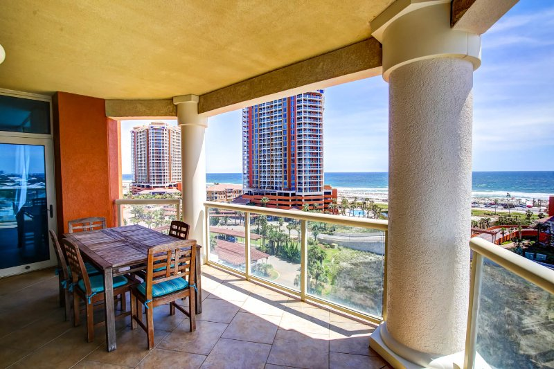 Portofino 3 Bed 3.5 Ba Booking Nov/Dec Free Inet - Image 1 - Pensacola Beach - rentals