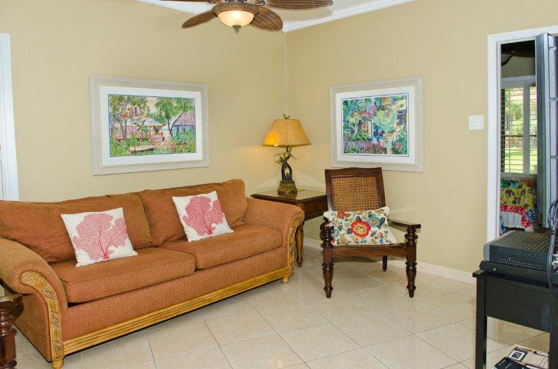 Georgetown Villas #113 2BR OV - Image 1 - Grand Cayman - rentals