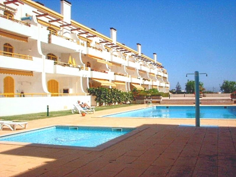 Walk to the Marina Beach just 250 meters - Vilamoura Beach and Golf Holiday Home! - Vilamoura - rentals