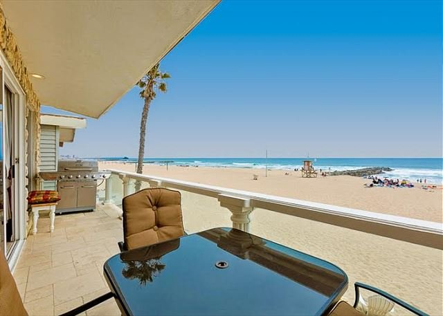 View from the patio looking onto the beach. - Family Beach Home on the SAND with Large Balcony - Newport Beach - rentals