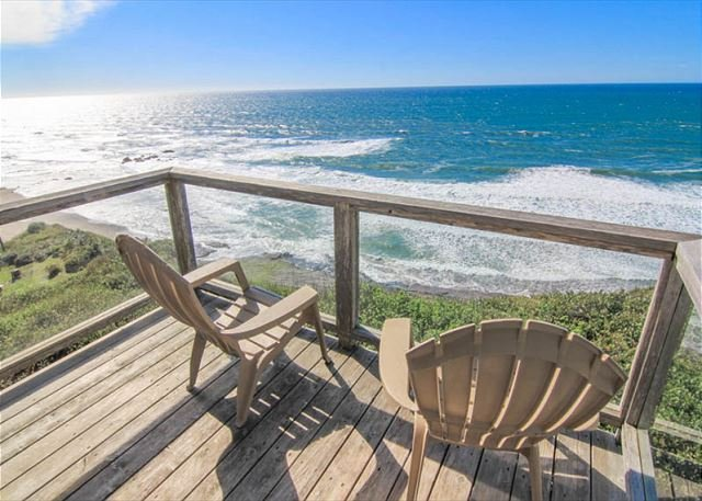 Easy-Access Oceanfront Home has Fabulous Views - Image 1 - Lincoln City - rentals