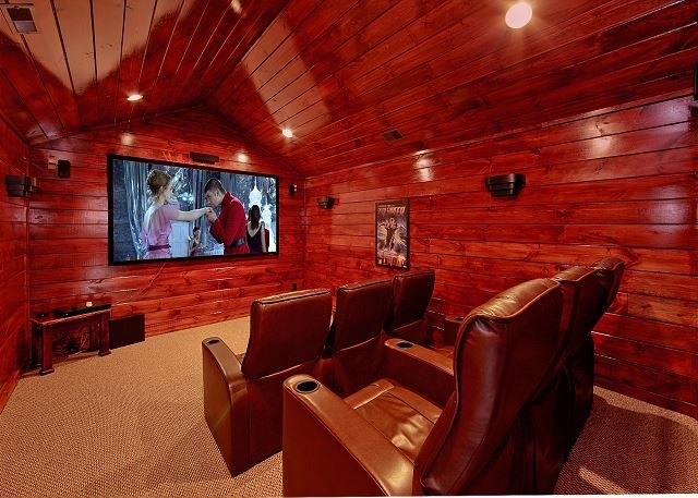 Private theater room with surround sound! - Image 1 - Gatlinburg - rentals