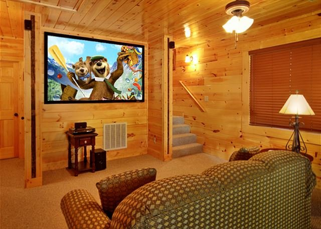 3 Bedroom with your own private Home Theater room with 8 foot theater screen - Image 1 - Gatlinburg - rentals