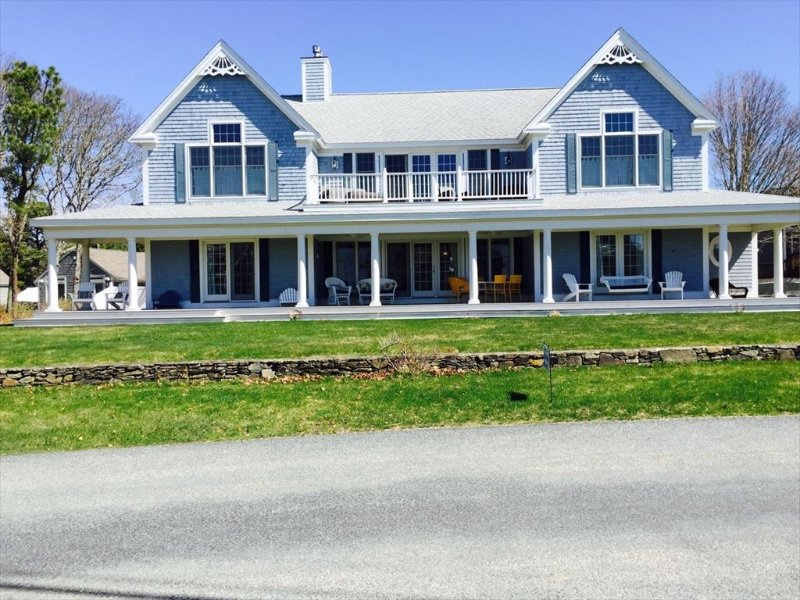 SPECIAL! $300 Rate REDUCTION off SUMMER WEEKS!! 125412 - Image 1 - West Yarmouth - rentals