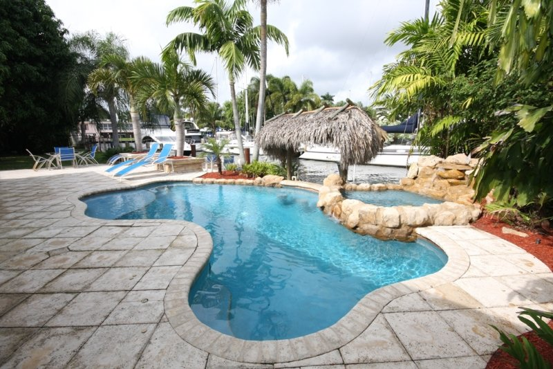 Waterfront Pool Spa Home Minutes to Beaches,Dock - Image 1 - Fort Lauderdale - rentals