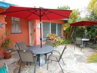 Front patio - Stay on Siesta - Beach House Bungalow 1 - Siesta Key - rentals