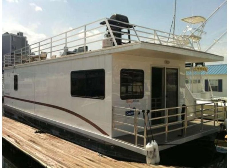 Houseboat Capricornus:  Amazing On Water Experience with HUGE Roofdeck! - Image 1 - Boston - rentals