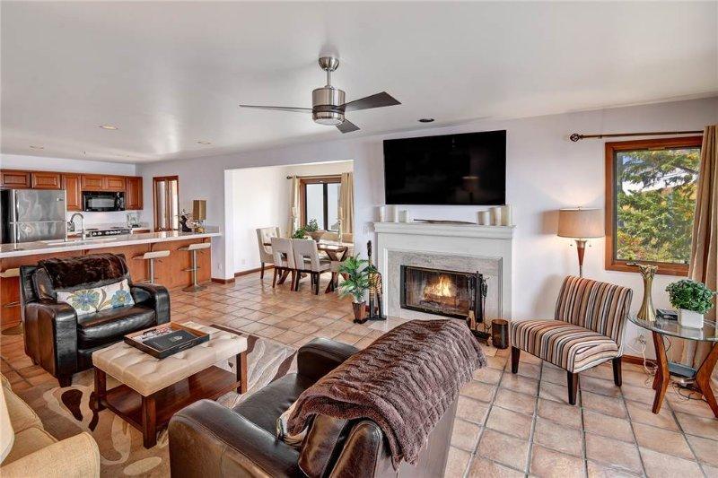 Hamilton Cove Villa 11-51 - Image 1 - Catalina Island - rentals