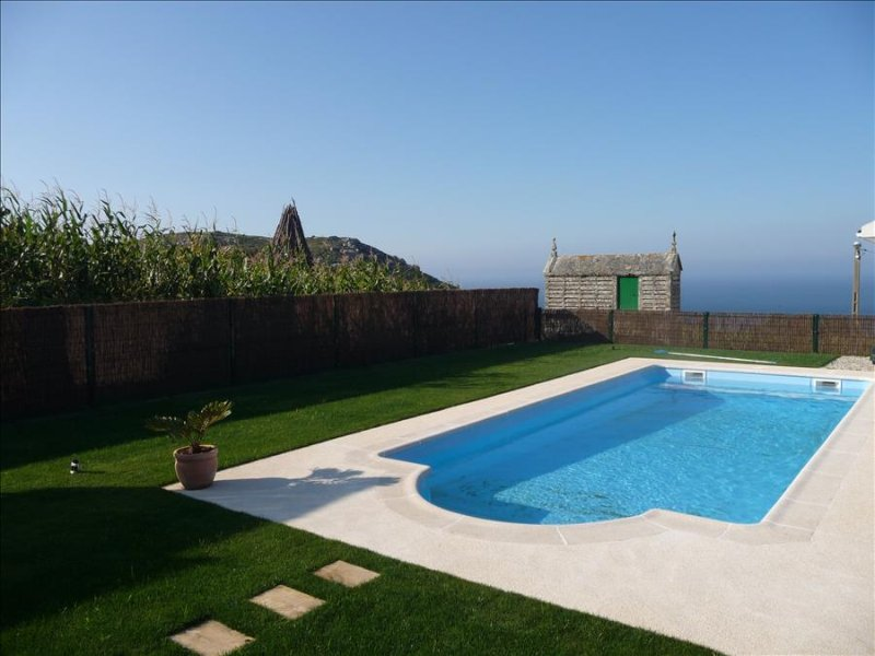 Luxury villa with amazing sea views and swimming pool - Image 1 - Ponteceso - rentals