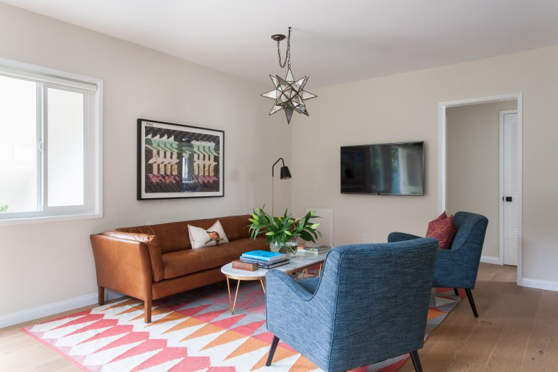 onefinestay - 6th Avenue Garden Flat private home - Image 1 - Venice Beach - rentals