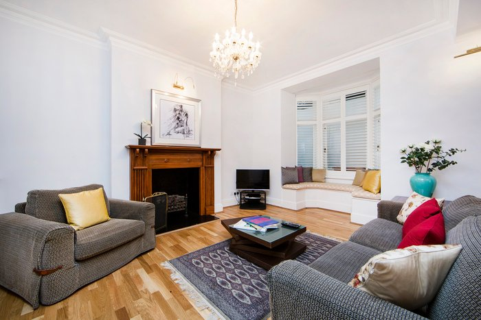 Spacious and contemporary basement apartment- Kensington - Image 1 - London - rentals