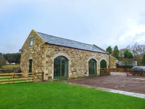 THE HEMMEL detached barn conversion, family-friendly in Rothbury, Ref 931081 - Image 1 - Rothbury - rentals