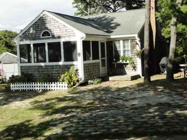 Mermaids Rest- Perfect Summer Getaway! - Image 1 - South Chatham - rentals