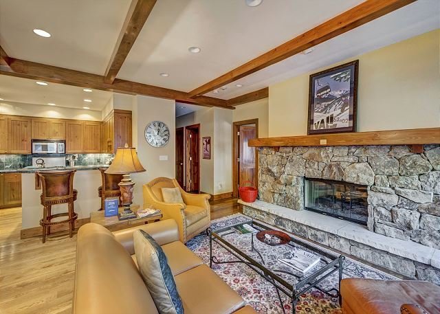 Spacious Living Room - Spectacular 2BR Platinum Rated Ski In/Ski Out Condo In Bachelor Gulch Village - Avon - rentals
