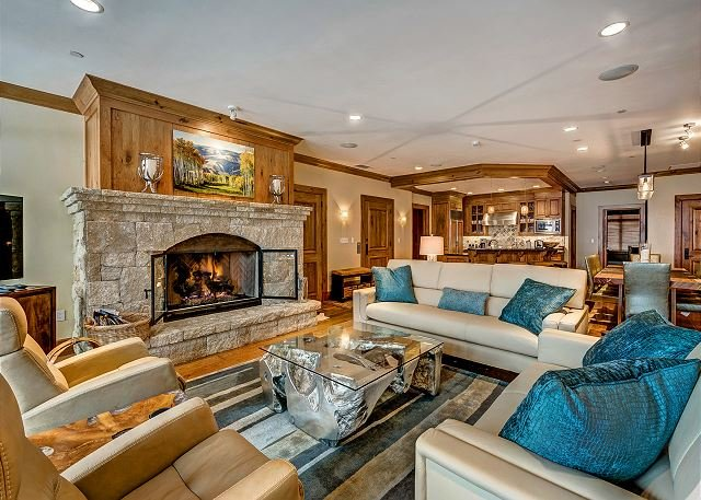 Living Room - 4BR Platinum Rated Ski-In/Ski-Out Horizon Pass Residence In Bachelor Gulch - Avon - rentals