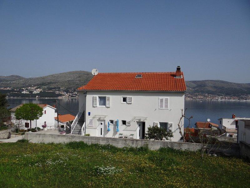 house - Tomislav SA2(2+1) - Okrug Donji - Okrug Donji - rentals