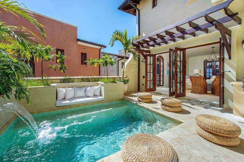 Casa Mar Y Sol, Sleeps 18 - Image 1 - Playa Prieta - rentals