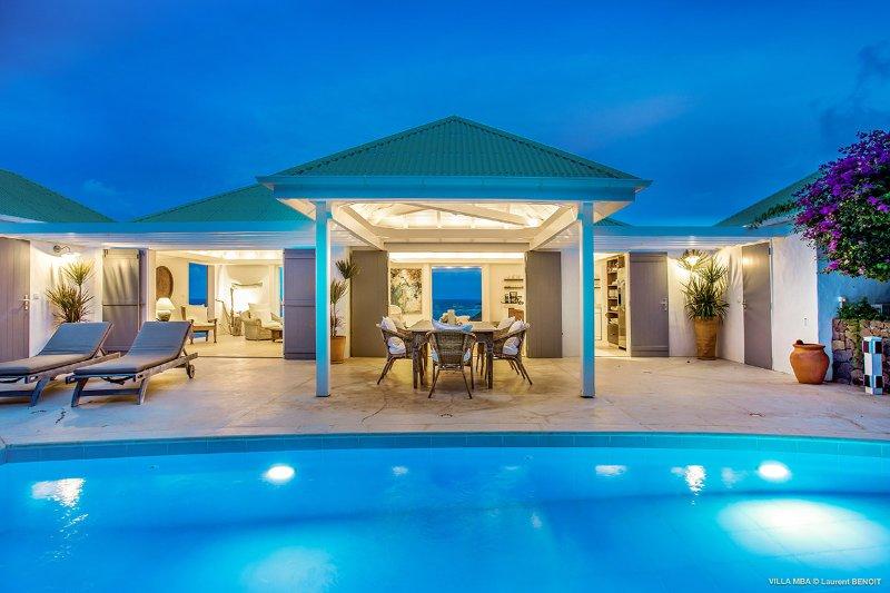 Villa Caramba, Sleeps 4 - Image 1 - Pointe Milou - rentals
