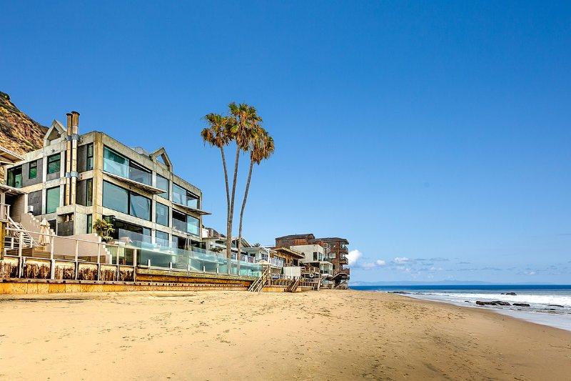 The Glass House, Sleeps 6 - Image 1 - Malibu - rentals