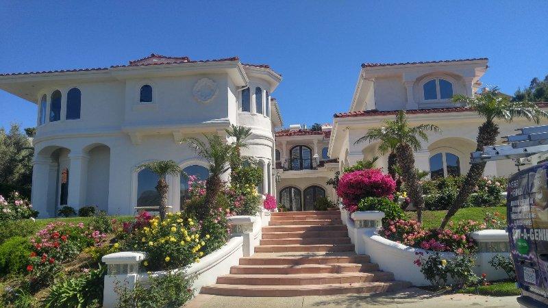 Big Blue House - Image 1 - Vilmas - rentals