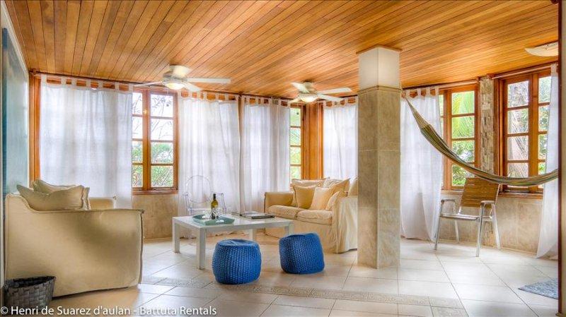 Contadora - Villa Pregonda: family villa on Playa Galeon - Image 1 - Contadora Island - rentals