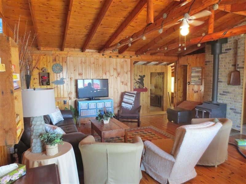 Lazy Dayz cottage (#1011) - Image 1 - Tobermory - rentals