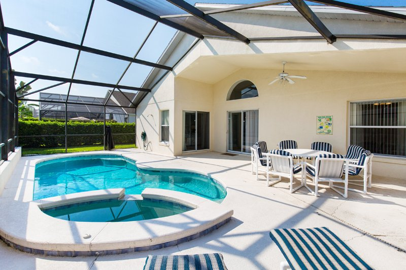 Pool Area - 4 Bed Home, Pool & Spa, 10 min to Disney (4792-CUM - Kissimmee - rentals