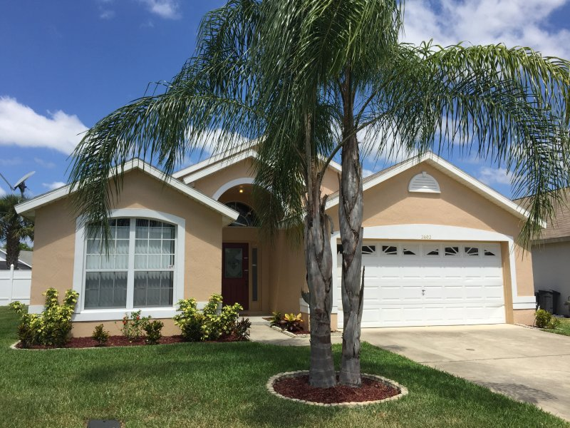 Luxury 4 bd near Disney - pet friendly - free WIFI - Image 1 - Kissimmee - rentals