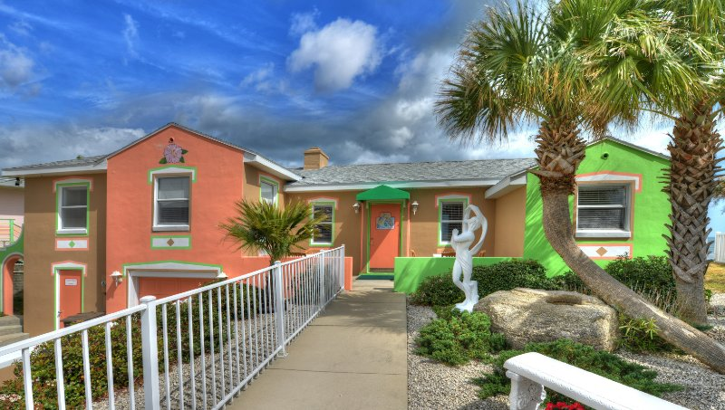 Gloriously Colorful and Fun 2/2 OceanFront Beach House - Gorgeous, Colorful 2 Bd/2Bth Beach House Directly on Ocean - Daytona Beach Shores - rentals