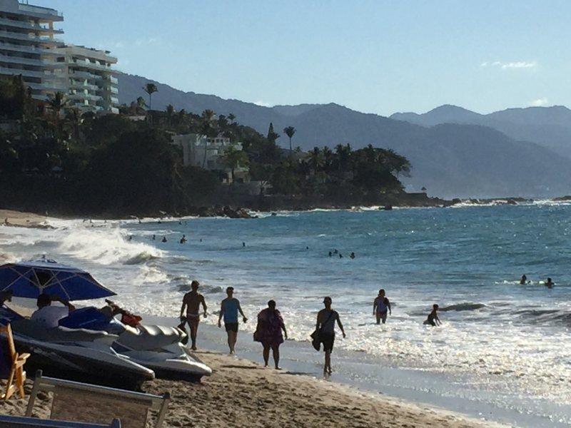 Los Muertos Beach only 2 blocks away - Zona Romantico 2 bedroom condo - Puerto Vallarta - rentals