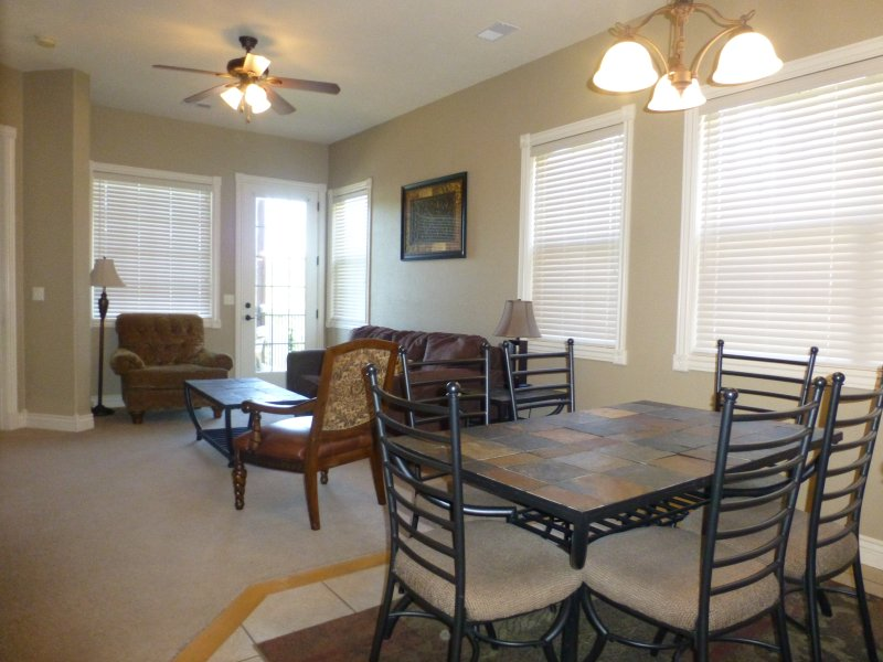 Upscale 2 Bed-2 Bath Next to Silver Dollar City! - Image 1 - Branson - rentals