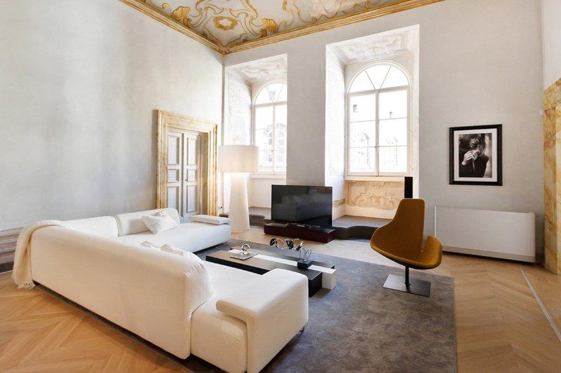 Palazzo Buondelmonte, Sleeps 2 - Image 1 - Florence - rentals