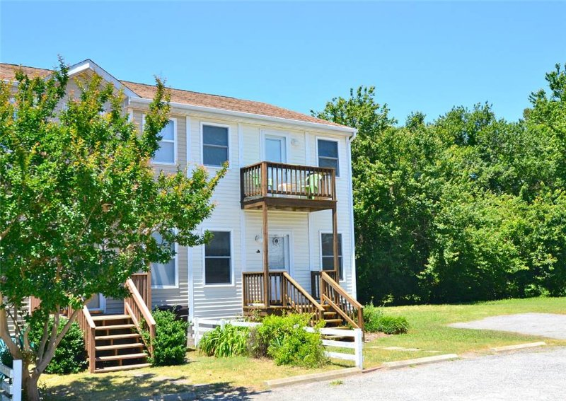Lighthouse Estates #11 - Image 1 - Chincoteague Island - rentals