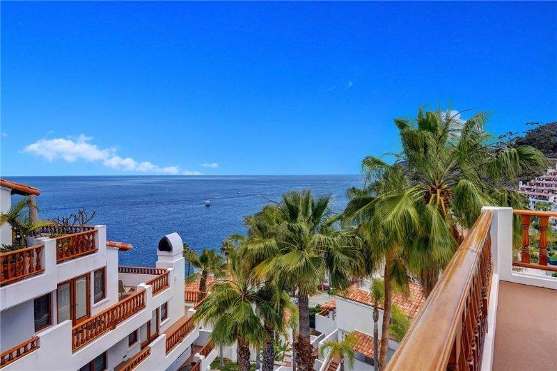 Hamilton Cove Villa 17-82 - Image 1 - Catalina Island - rentals