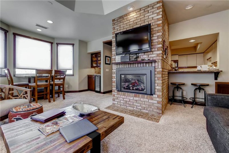 Meadows Clarion 2 - Image 1 - Steamboat Springs - rentals