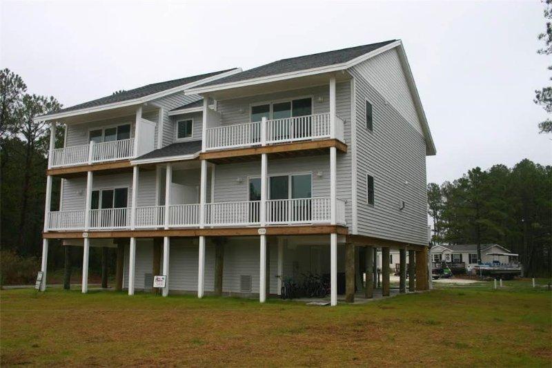 Bayside II - Image 1 - Chincoteague Island - rentals