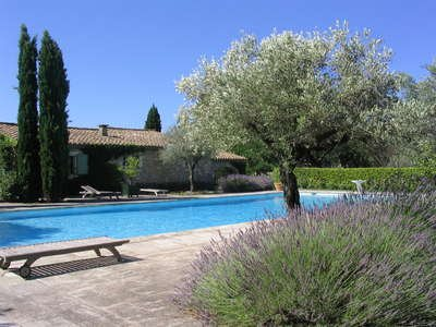 Charming 3 bedroom luxury home in Saint Remy and Alpilles - Image 1 - Eygalieres - rentals