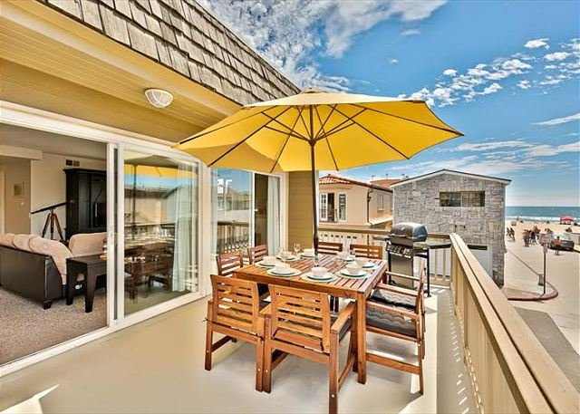 20% OFF OPEN DEC DATES - Steps to the Sand, Restaurants & Shopping - Image 1 - Newport Beach - rentals