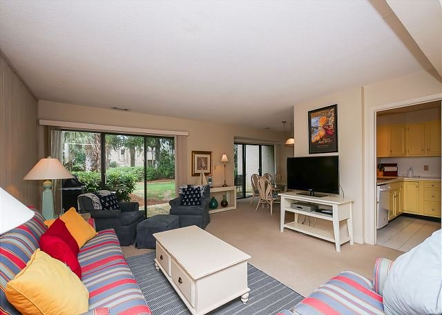 Living Area - 458 Plantation Club - 3 Bedroom Townhouse - 5-7 minutes to the beach. - Hilton Head - rentals