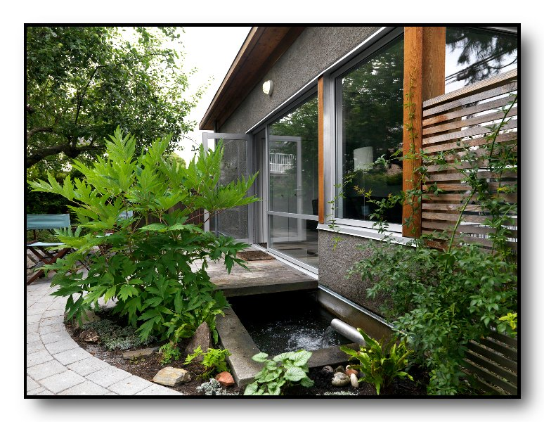 The Best Urban Cottage, Quiet Patio, Garden, Pond - Image 1 - Vancouver - rentals
